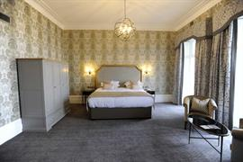 dover-marina-hotel-bedrooms-56-83926
