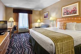 33122_006_Guestroom