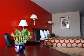 05341_007_Guestroom