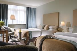84082_002_Guestroom