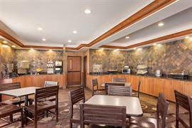 48154_003_Restaurant