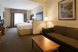 48154_006_Guestroom