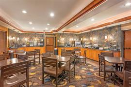 48154_007_Restaurant