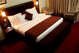 75407_007_Guestroom