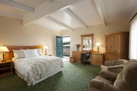 05206_048_Guestroom