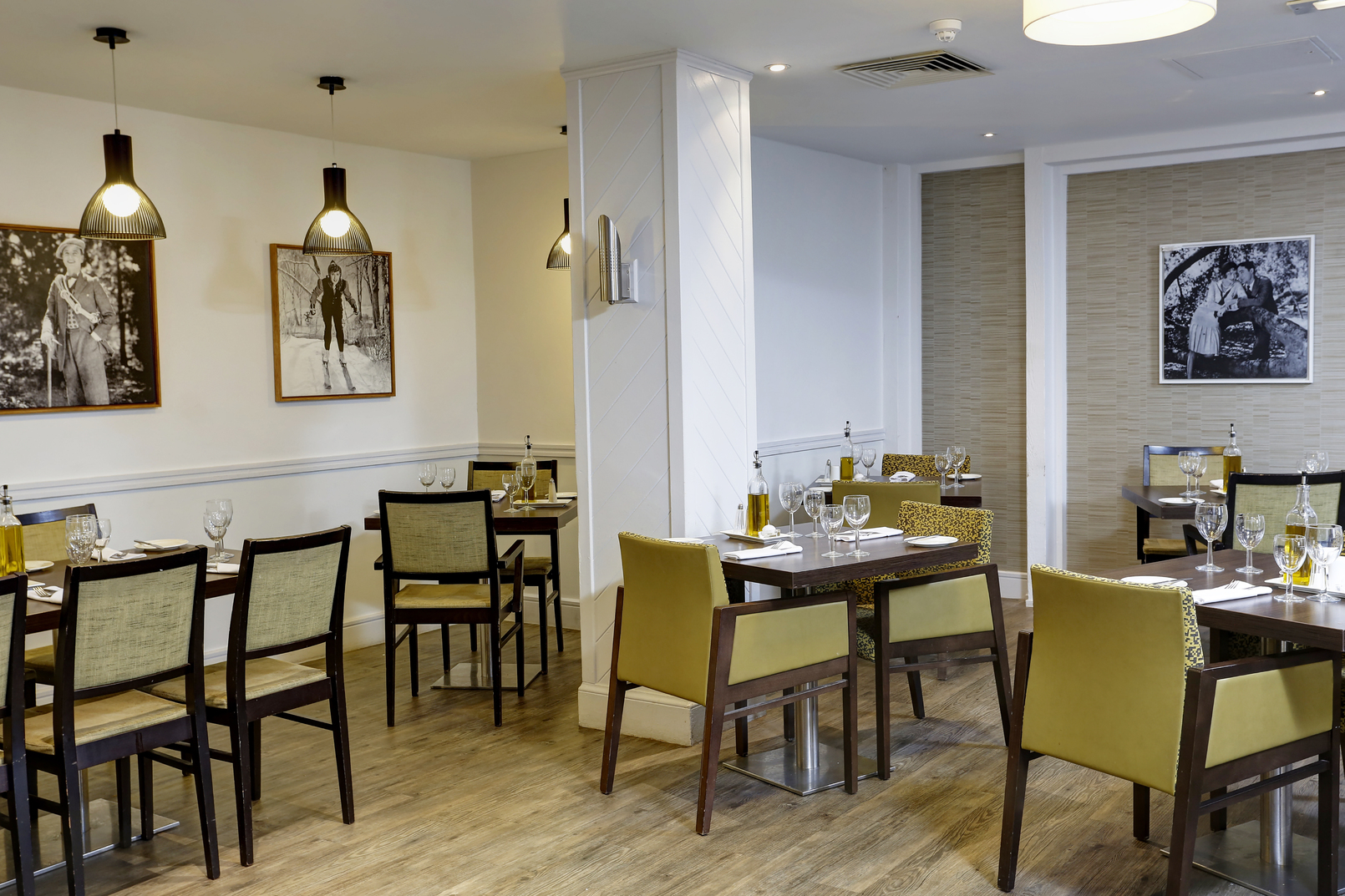 Epping Forest Hotel Dining 12 83981
