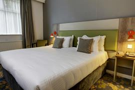 epping-forest-hotel-bedrooms-10-83981