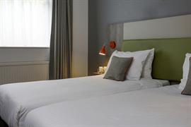 epping-forest-hotel-bedrooms-14-83981