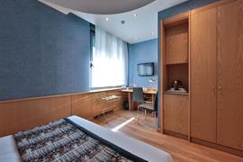 98311_003_Guestroom