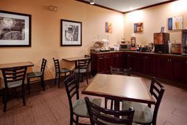 39090_005_Restaurant