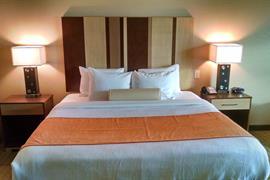 44707_003_Guestroom