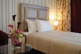 77601_004_Guestroom