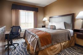 44701_004_Guestroom