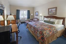 44516_004_Guestroom