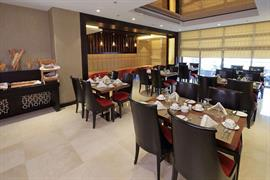 76925_007_Restaurant