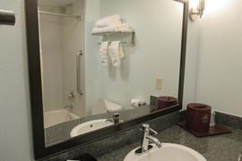 32113_006_Guestroom