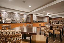 14201_002_Restaurant
