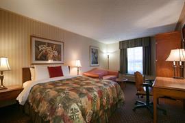 66073_002_Guestroom
