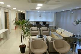 77110_002_Businesscenter