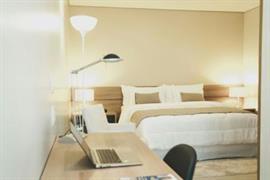 77110_007_Guestroom