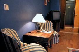 88098_003_Guestroom