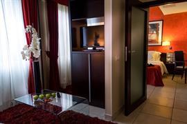 95442_005_Guestroom