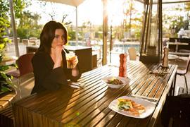 97241_002_Restaurant