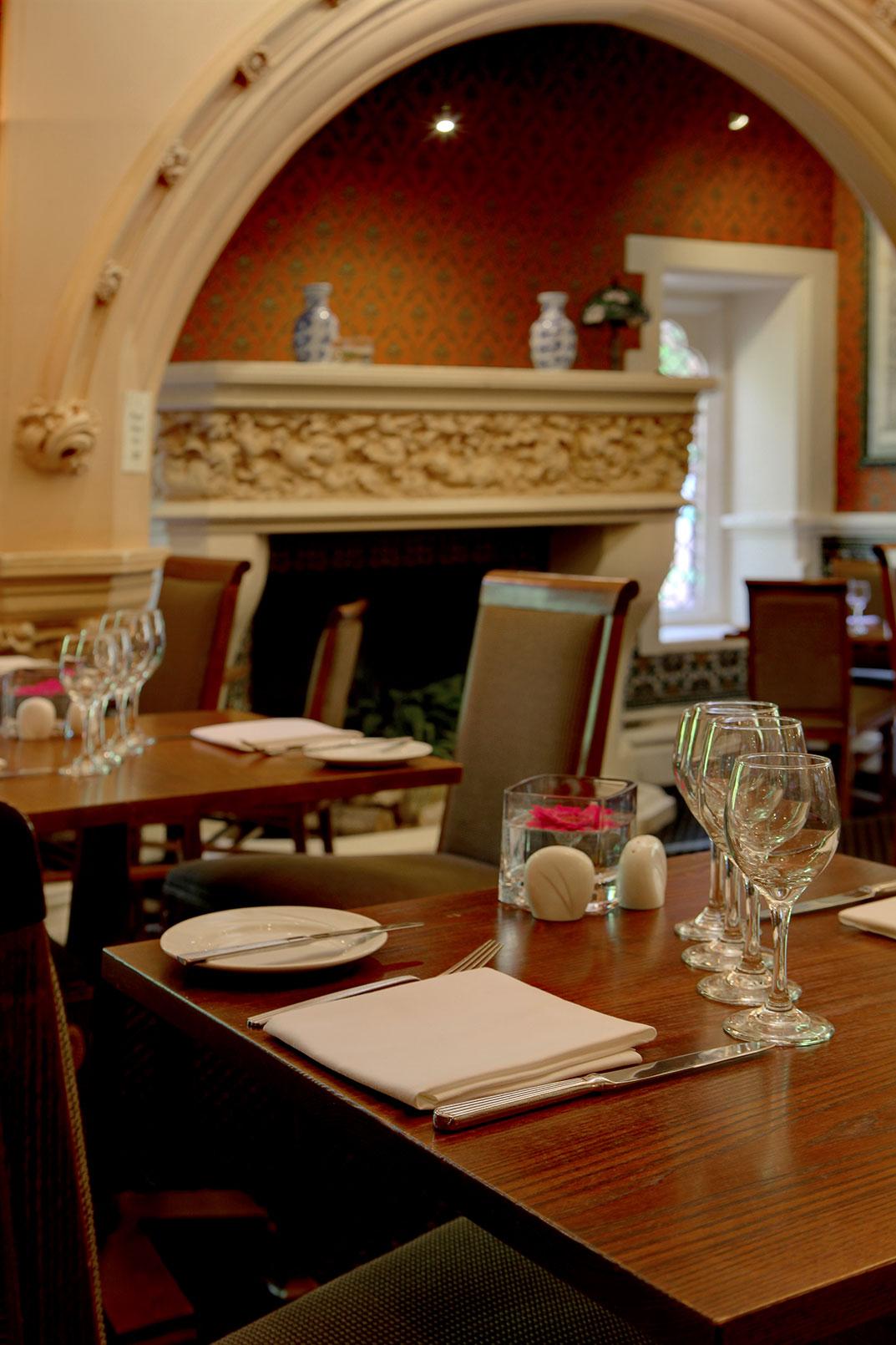 Best Western Hotel Room: Best Western Plus Grims Dyke Hotel