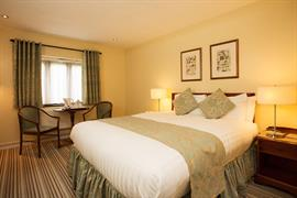 grims-dyke-hotel-bedrooms-46-83956
