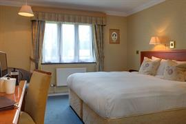 grims-dyke-hotel-bedrooms-57-83956