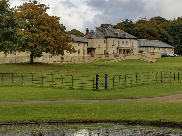 hardwick-hall-hotel-grounds-and-hotel-21-83830