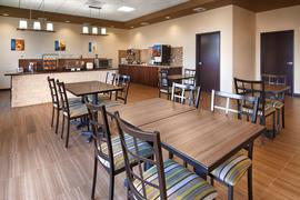 27081_002_Restaurant