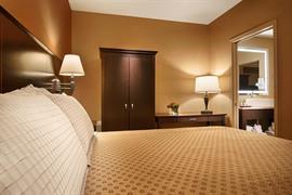 14151_007_Guestroom