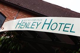 henley-hotel-grounds-and-hotel-25-83904