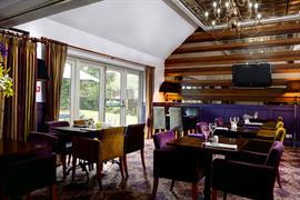henley-hotel-dining-41-83904