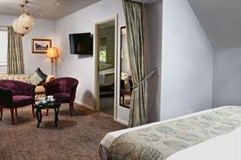 henley-hotel-bedrooms-67-83904