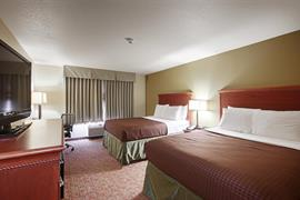 35037_007_Guestroom