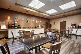 05512_004_Restaurant