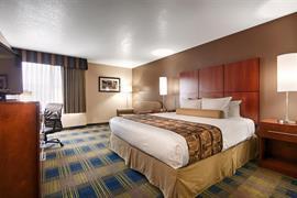 05512_007_Guestroom