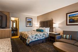 05280_025_Guestroom