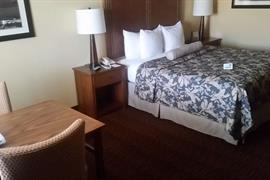 05280_057_Guestroom