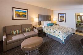 05280_066_Guestroom