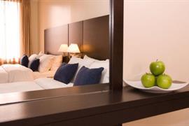 67023_005_Guestroom