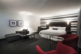 67023_006_Guestroom