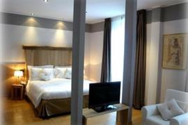 98304_002_Guestroom