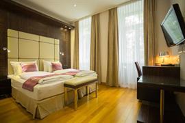 89140_000_Guestroom