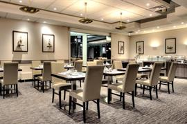 92917_003_Restaurant