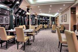92917_004_Restaurant