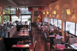 92917_007_Restaurant