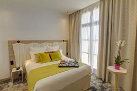 93831_005_Guestroom